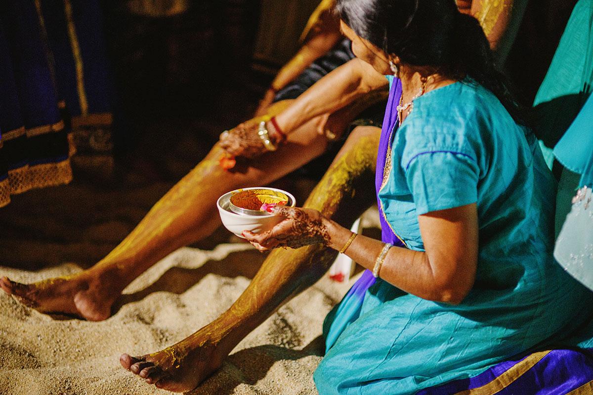 Gujarati Hindu wedding pithi ceremony los cabos mexicoGujarati Hindu wedding pithi ceremony los cabos mexico
